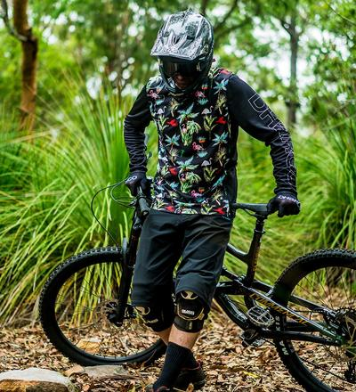 DHaRCO MTB | Mens LS Jersey Gravity Party | Front