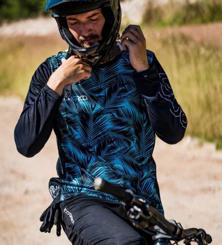 DHaRCO MTB | MENS GRAVITY JERSEY | ICE PALM | Front