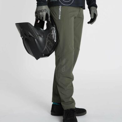 DHaRCO MTB | MENS GRAVITY PANTS | CAMO | Side