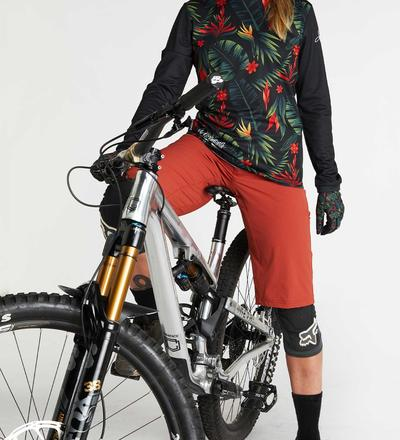 DHaRCO MTB | LADIES GRAVITY SHORTS | CLAY | Front